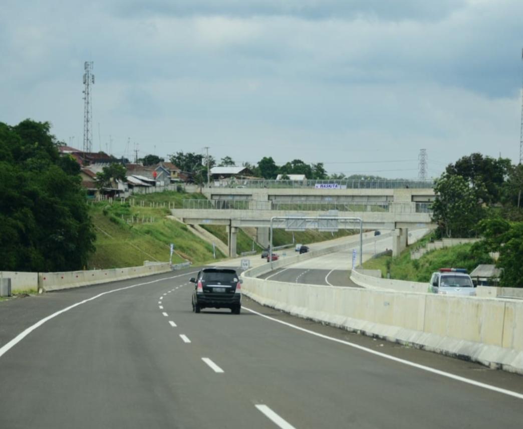 Tol Ciawi-Sukabumi menjadi awal pembangunan Jalan Trans Jawa bagian Selatan