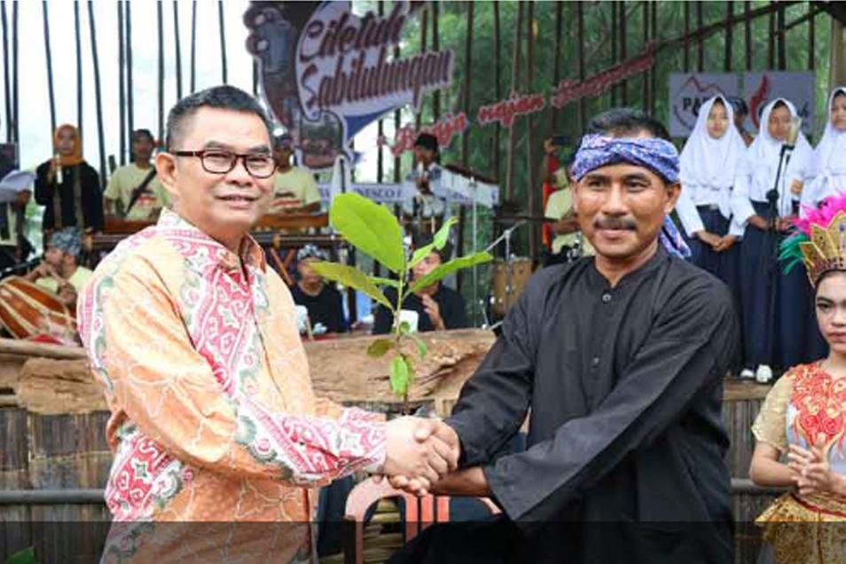 Wakil Bupati Sukabumi Buka Pagelaran Seni dan Budaya Ciletuh 2018
