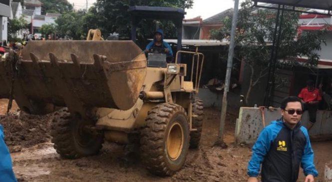 Kementrian PUPR Tangani Tanggul Jebol Pasca Banjir di Bandung Timur