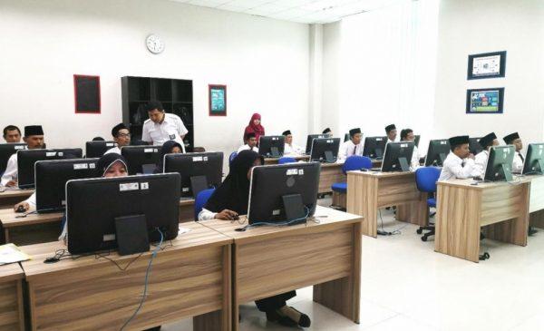 Ratusan Guru Madrasah Ikuti Seleksi Akademik Pendidikan Profesi Guru