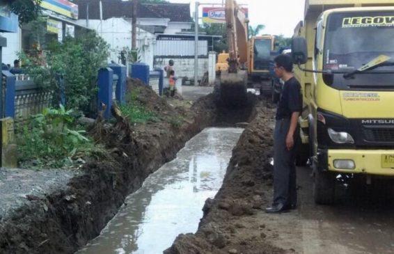 Wacana Program Pembangunan Drainase Jalan Secara Nasional