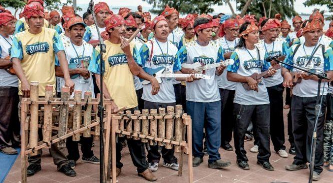 2.000 Pemain Musik Bambu Tada Pecahkan Rekor MURI