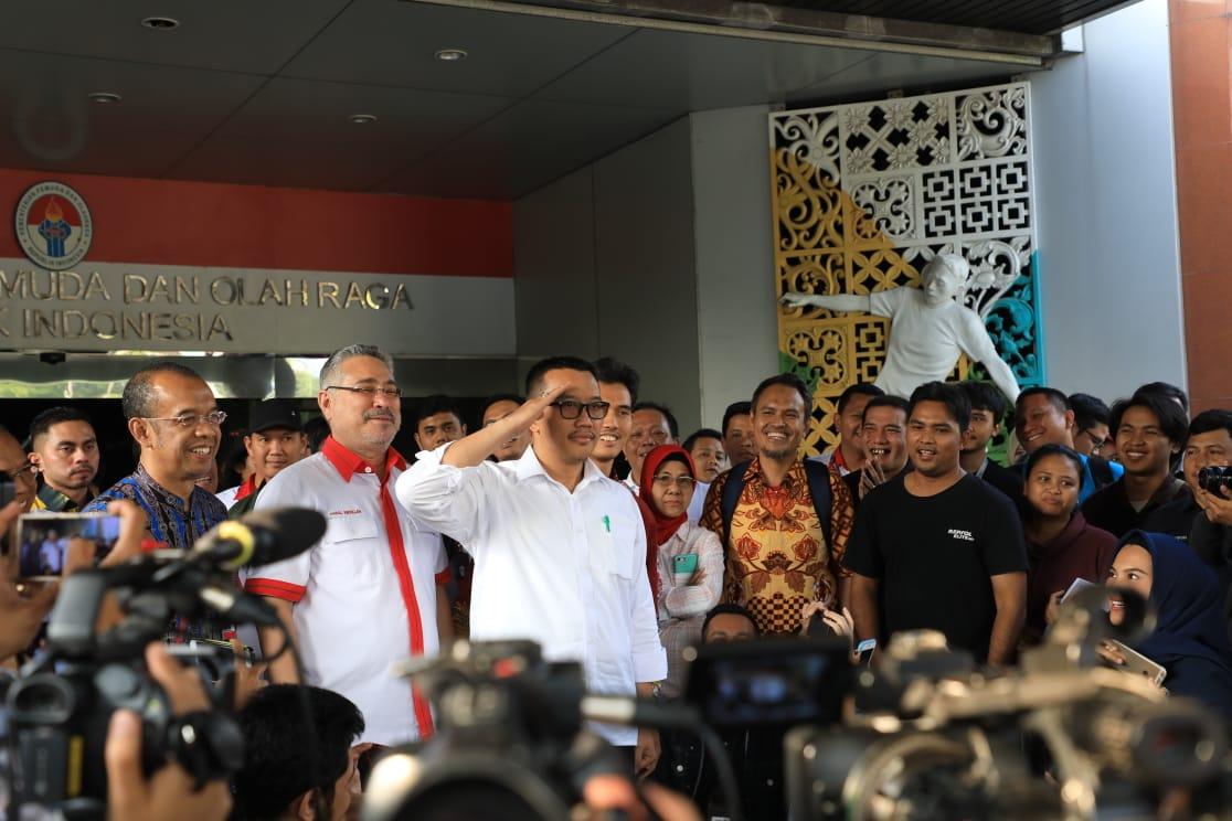 Saatnya Jokowi Putuskan Menteri Pemuda dan Olah Raga yang Tepat
