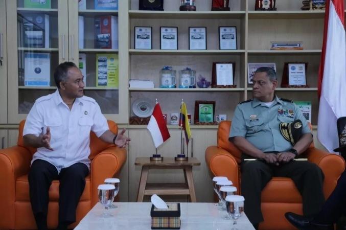 Duta Besar Kolombia Melakukan Kunjungan Ke Fasilitas Millik Badan Narkotika Nasional (BNN), Bogor