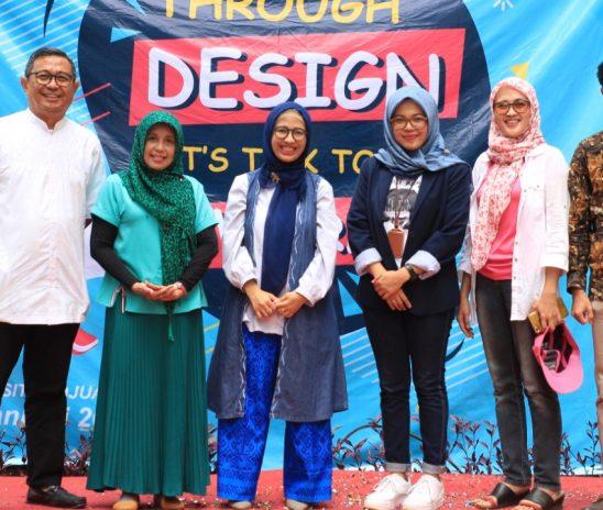 """Mahasiswa Komunikasi Universitas Djuanda Menyuarakan """"Through Design Lets Talk to the World"""""""