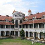Potret Pesona Lawang Sewu, Mulai dari Arsitektur Hingga Sejarah!