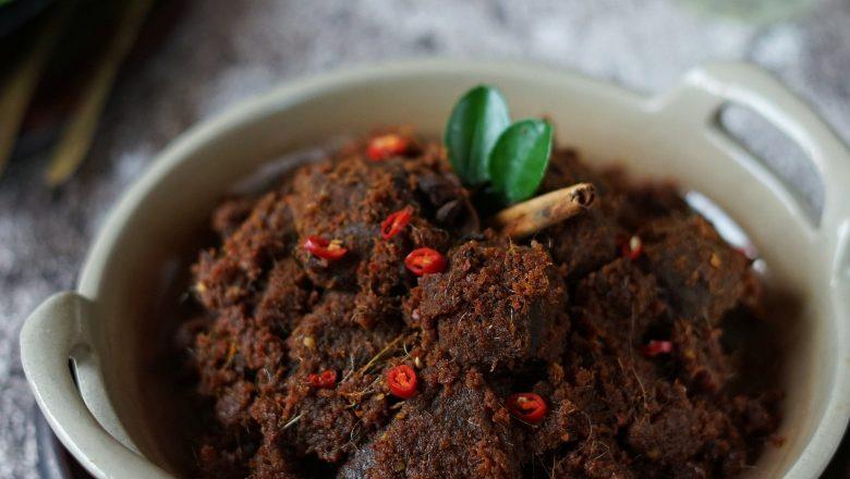 4 Makanan Tradisional Khas Sumatera yang Bikin Ngiler