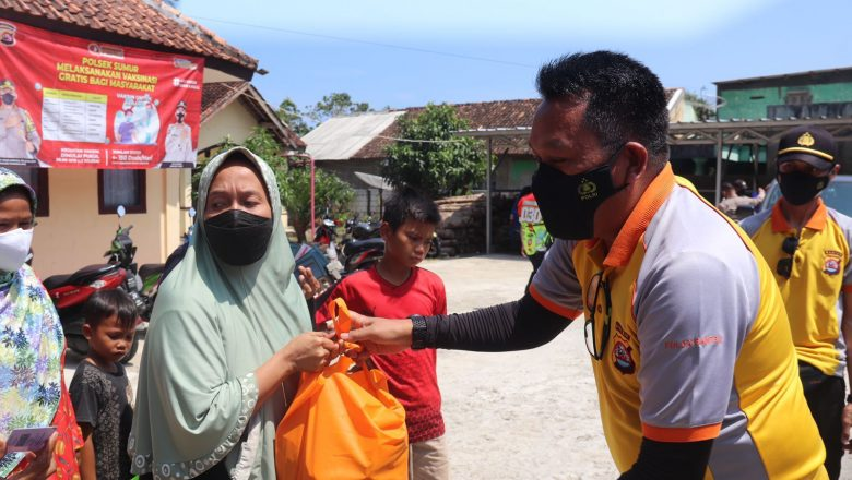 Peduli Masyarakat Terdampak Covid-19, Polda Banten Salurkan Bantuan Ke Pelosok Pandeglang