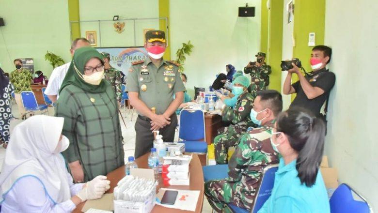 Pelaksanaan Vaksinasi di Kawasan Puncak Dikunjungi Bupati