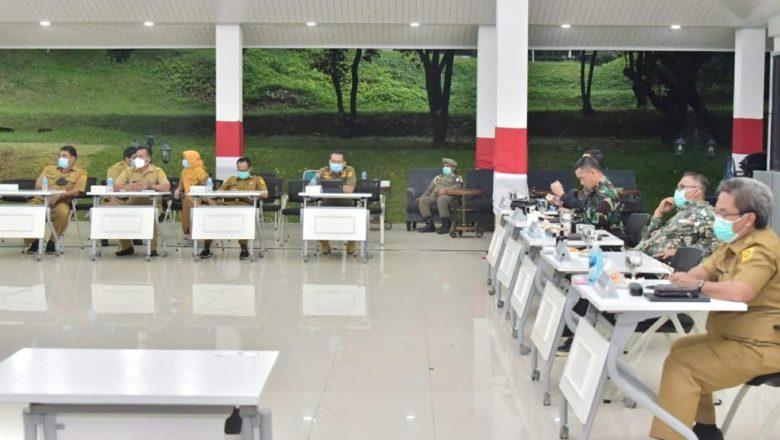 Wakil Bupati Ikuti Rapat Evaluasi Situasi Covid-19 di Jawa dan Bali