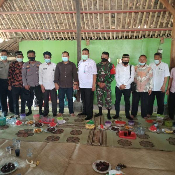 Camat Serang Baru Lakukan Kunjungan Silahturrahmi Calon Kades PAW Desa Nagasari