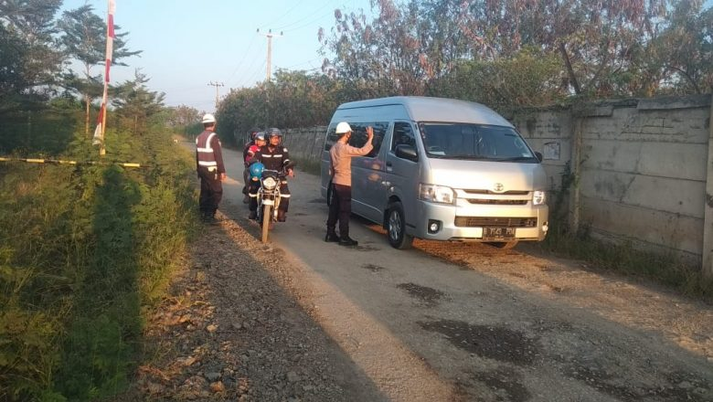 Gelar Patroli, Ditpamobvit Jamin Pelaksanaan Prokes dan Keamanan PLTU 3 Tangerang