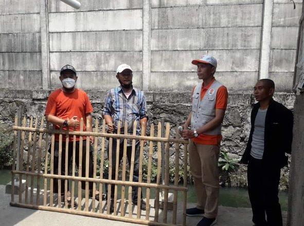 Langkah Cepat Asep Arwin Kotsara, Bangun Pagar Pembatas Jalan Bagi Warga Medan Satria